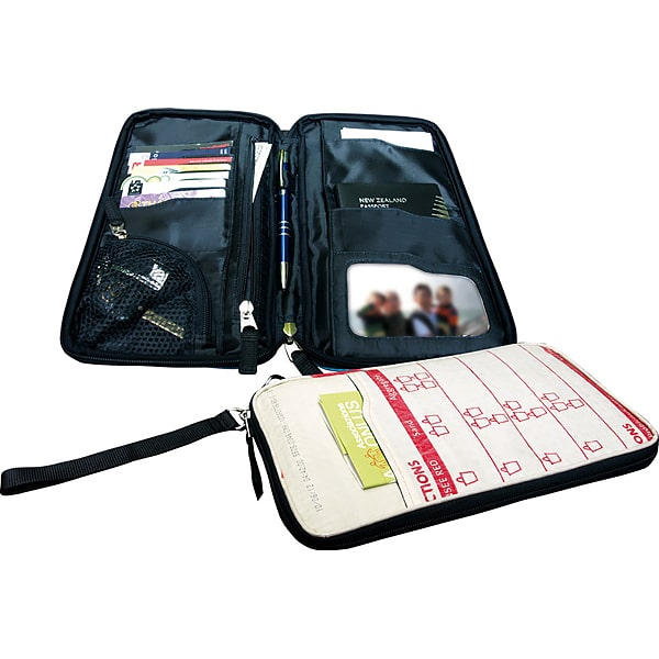Passport Holder aus Zementsack