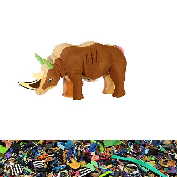 Nashorn aus recycelten Flip Flops