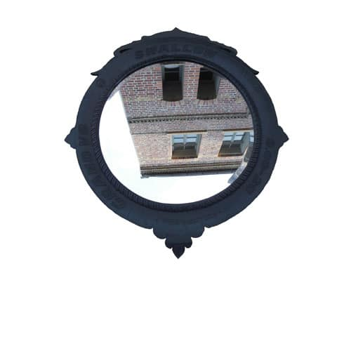 Spiegel mit Rahmen aus PKW / LKW Reifen