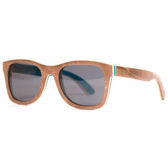 Sonnenbrille aus recycelten Skateboards