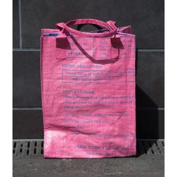 Einkaufstasche aus Fischmehlsack
