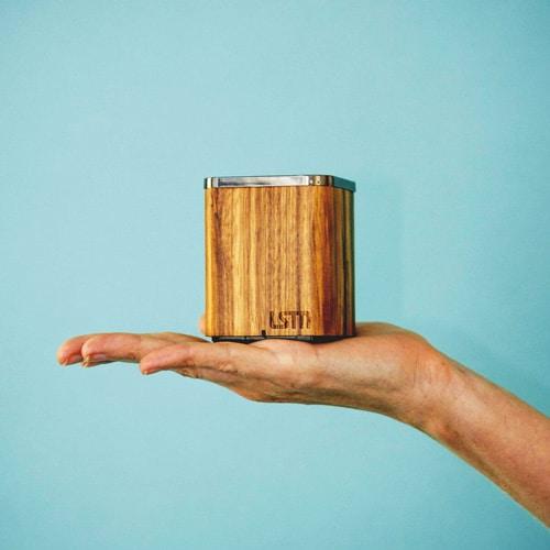 LSTN Bluetooth Lautsprecher aus Holz
