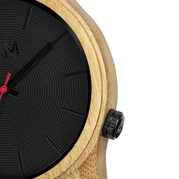 Quail Uhr aus Bambus 600×600