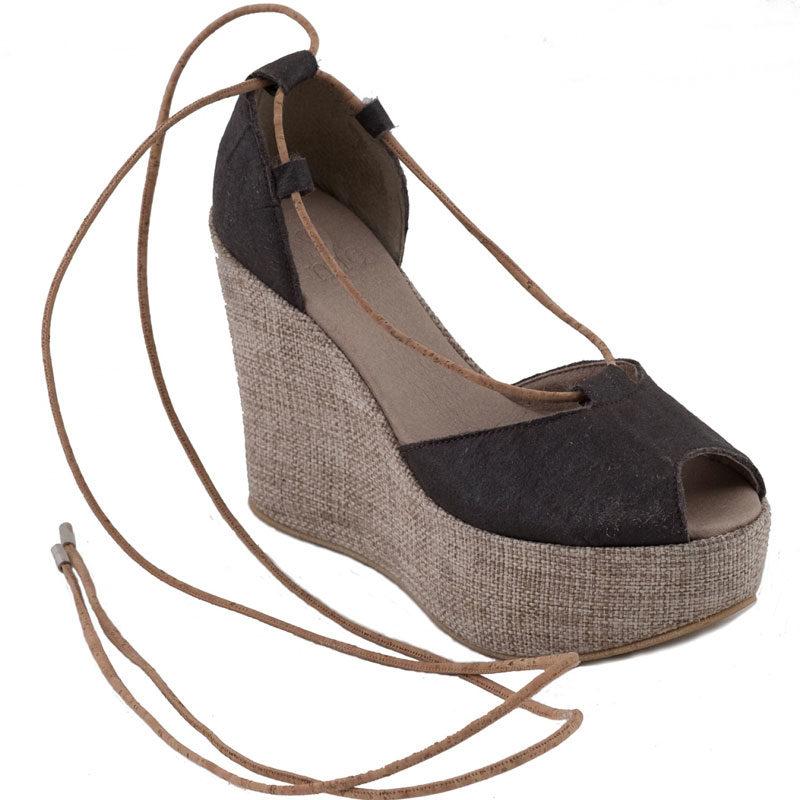 Schuh aus PIÑATEX von NAE